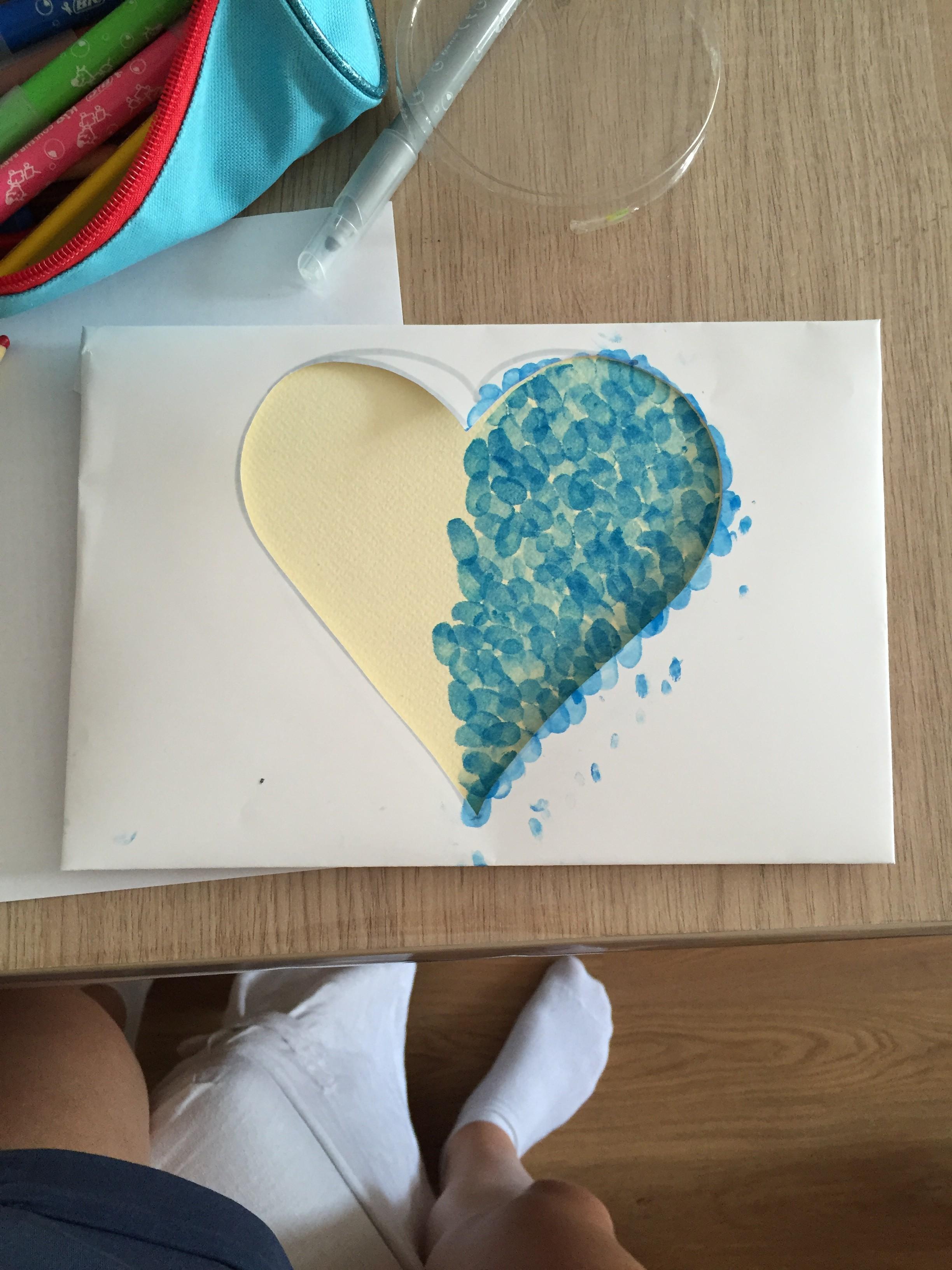 Carte coeur empreintes doigts