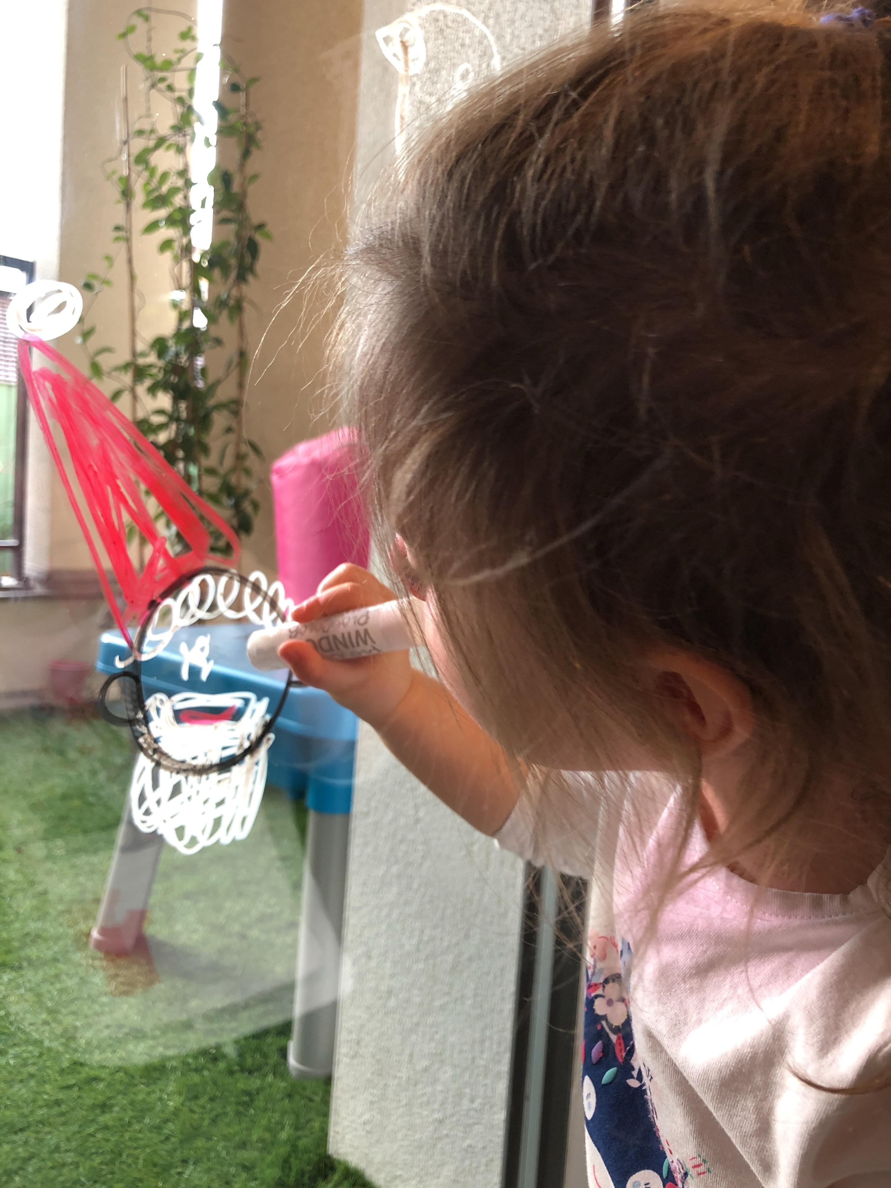Play Color enfant peinture vitres