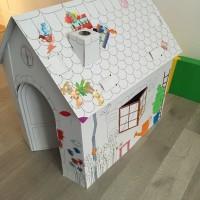 Maison en carton à colorier