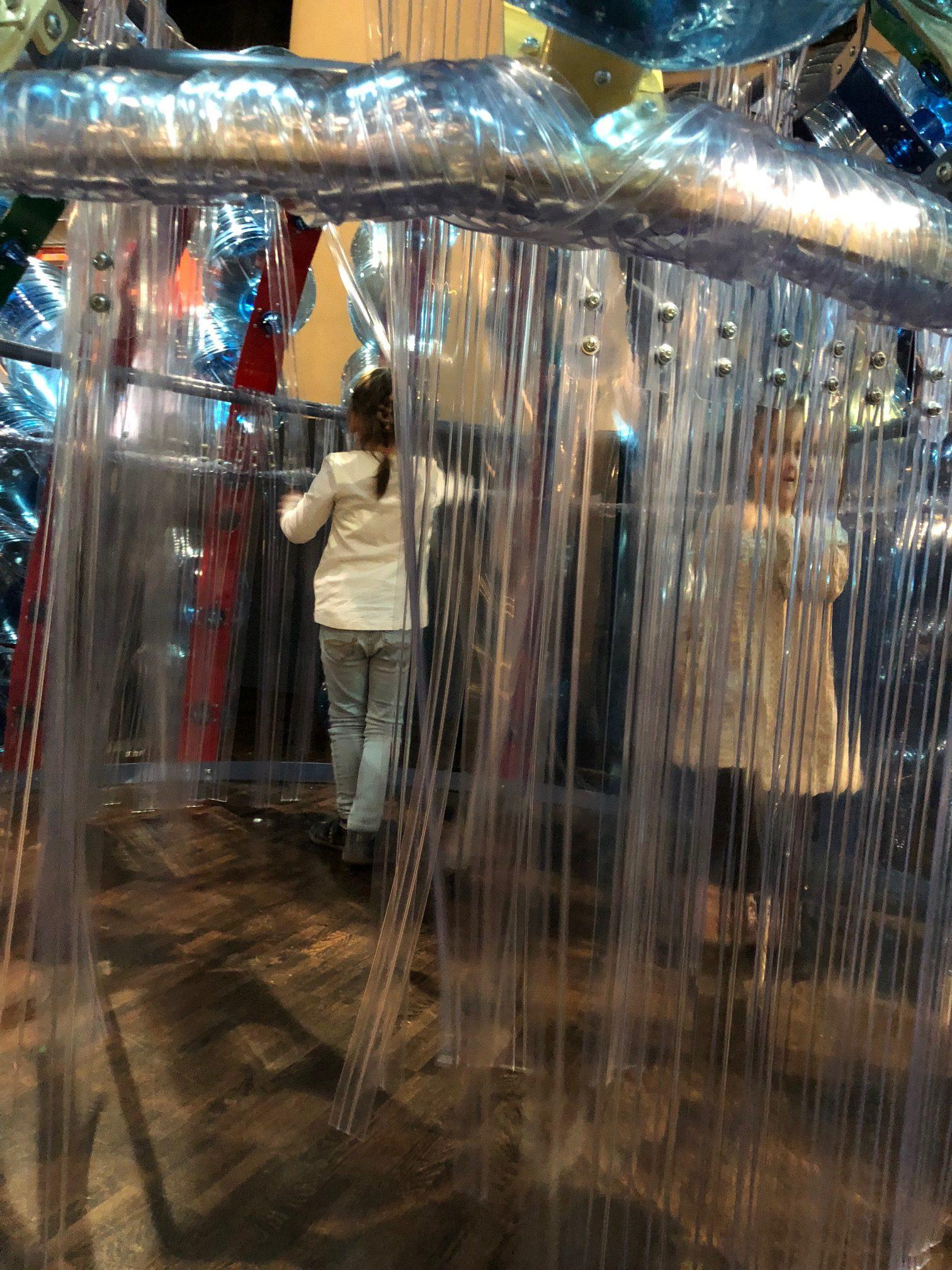 exposition cabanes recyclage cité des sciences