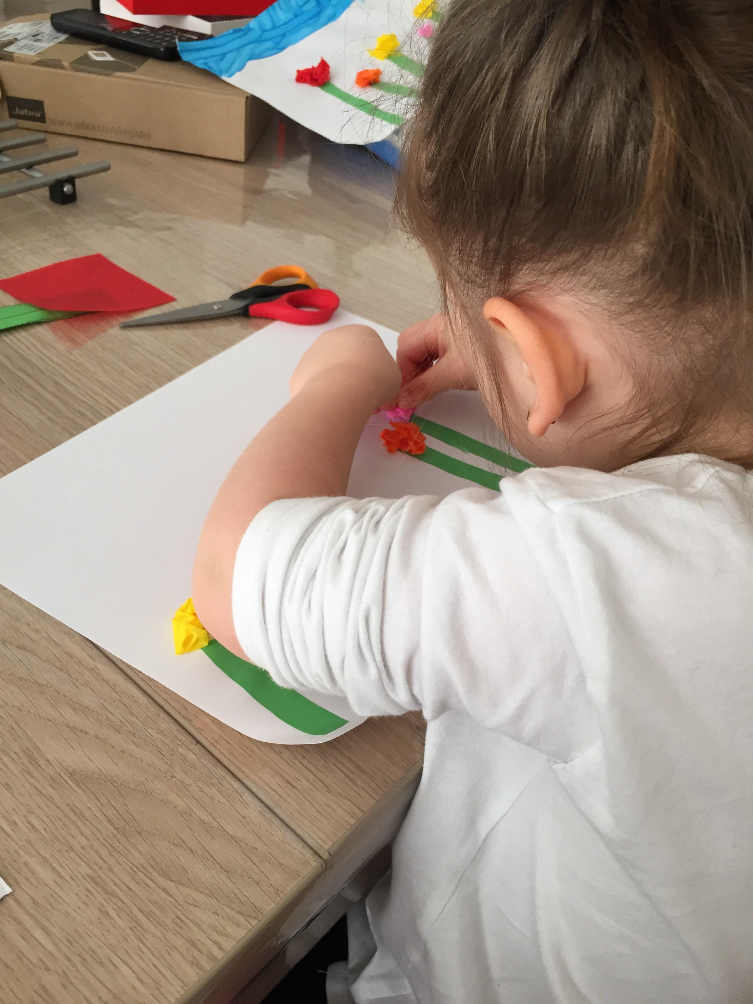 activité enfant tableau de fleurs