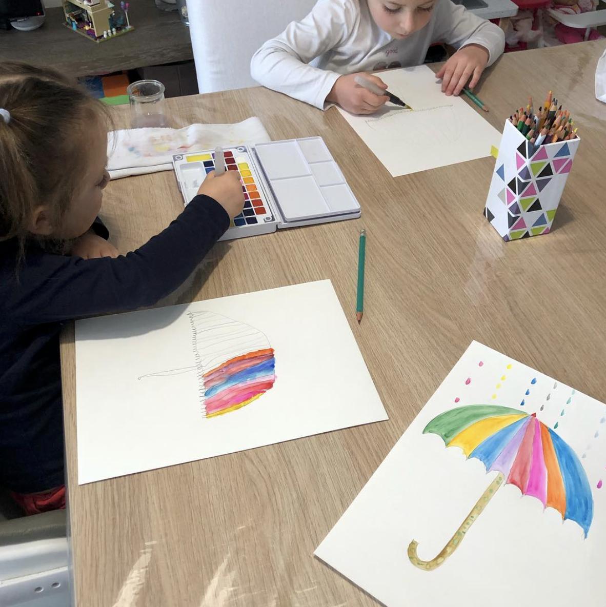 un parapluie peinture automne aquarelle activité artistique