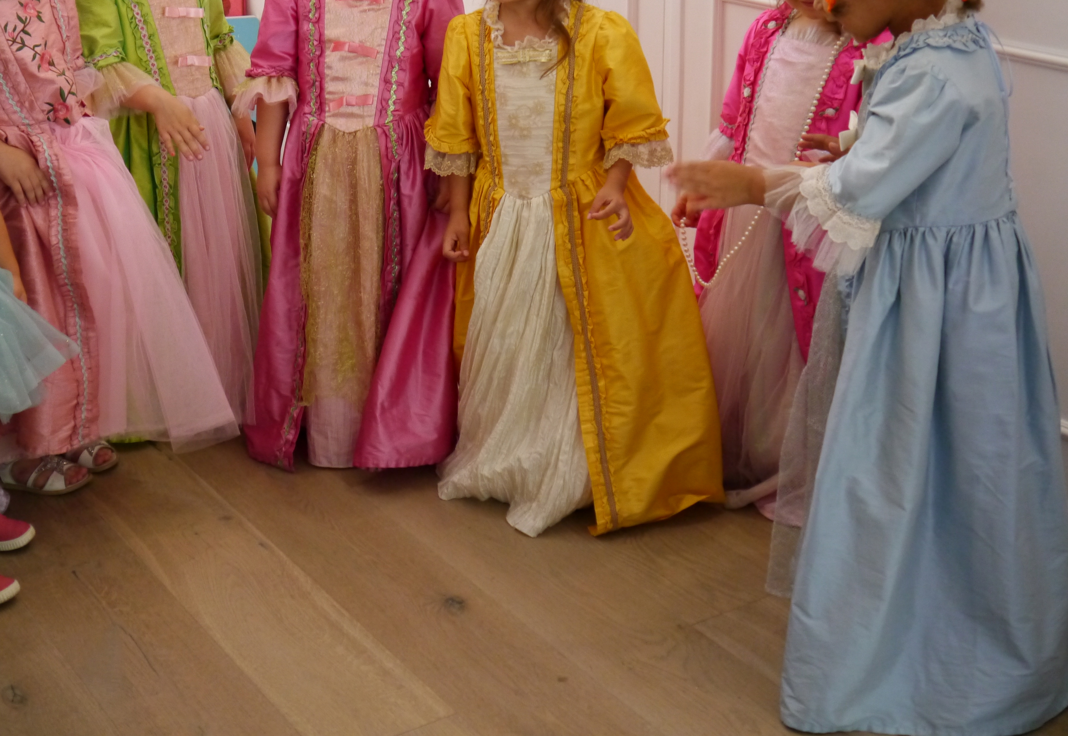 oh my princess fille anniversaire robes princesses