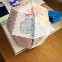 Globe en papier