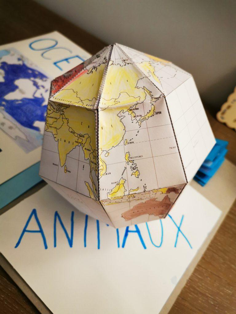 globe à créer en papier