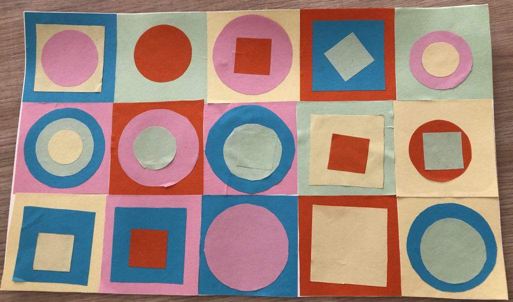 tableau avec des formes carrés et ronds