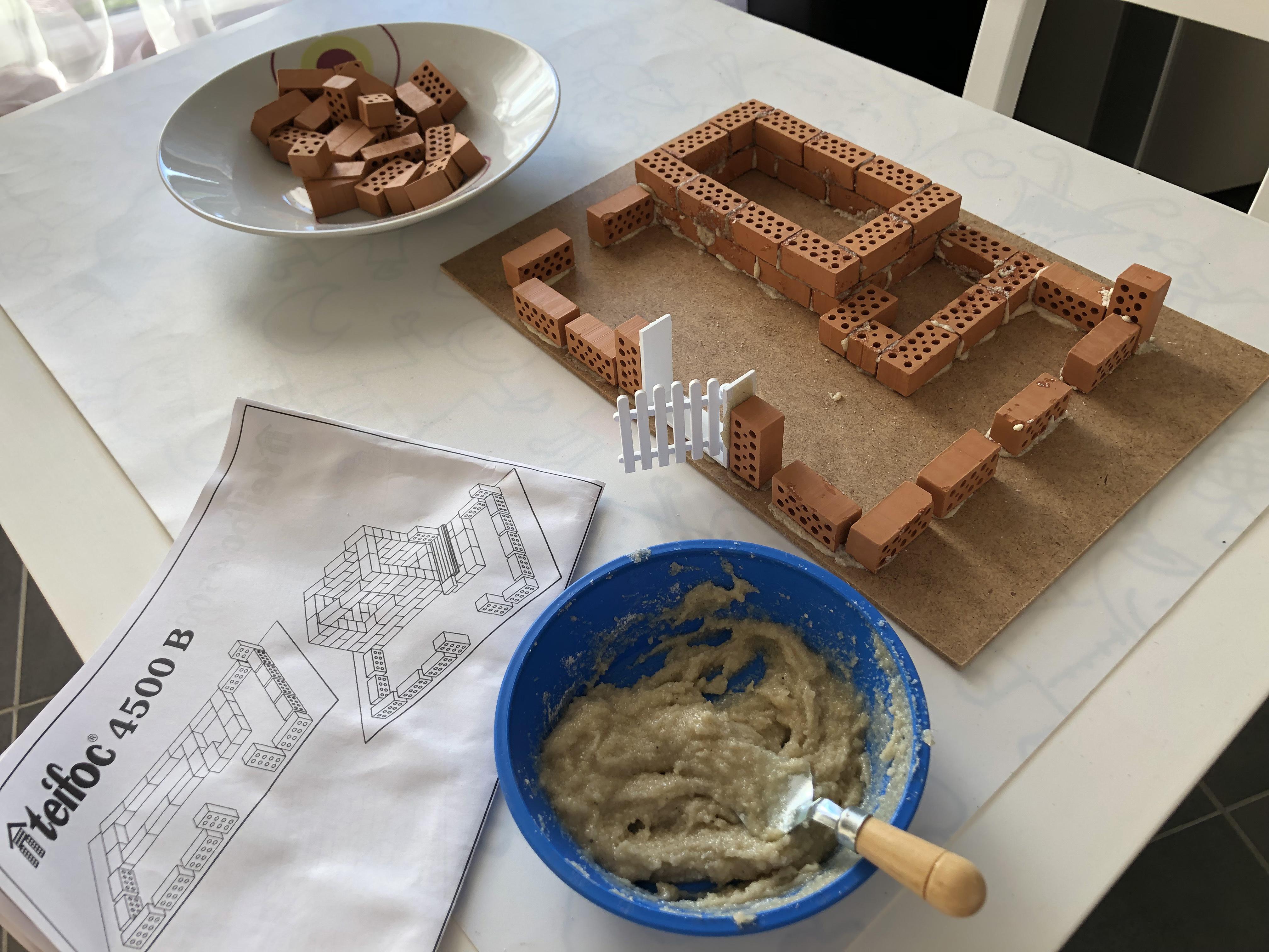 construire sa maison teifoc en briques pour enfants