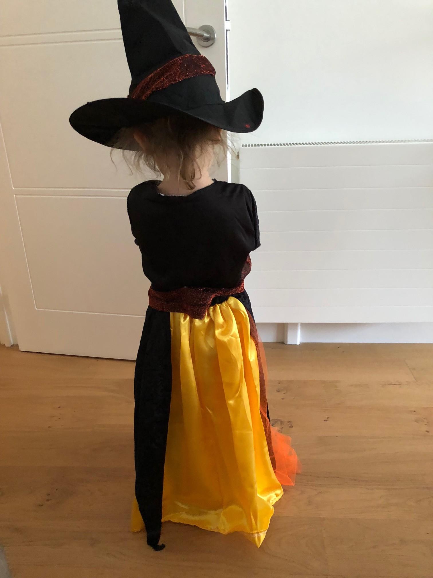 déguise toi sorcière halloween