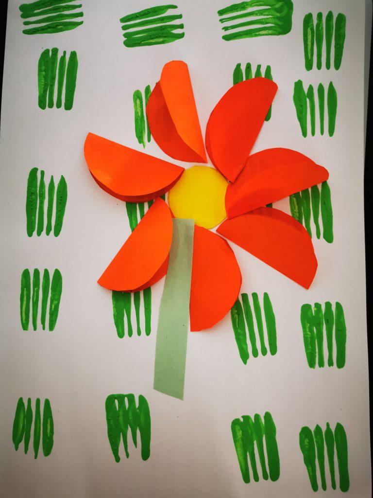 création fleur maternelle peinture fourchette