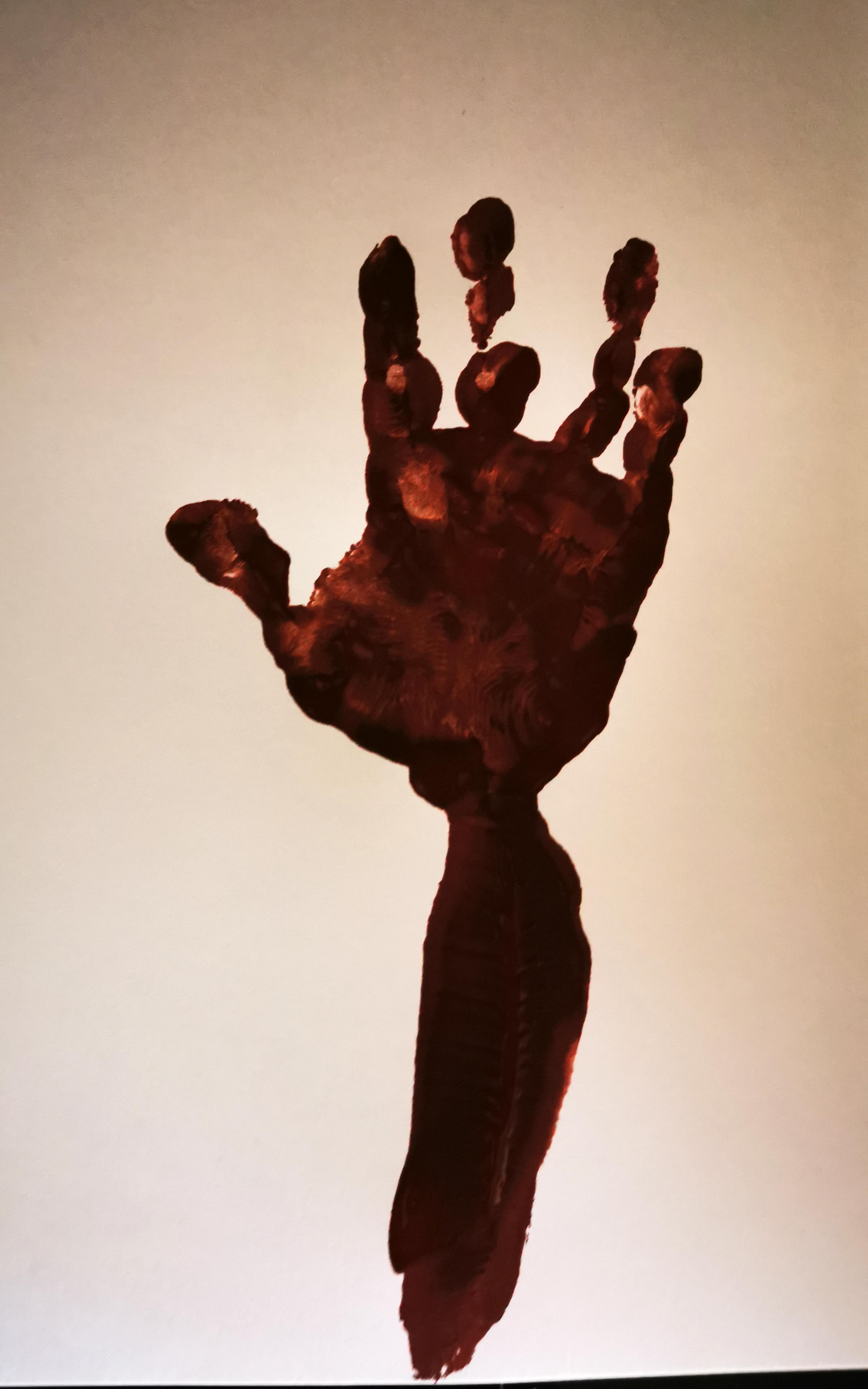 empreinte main bras arbre